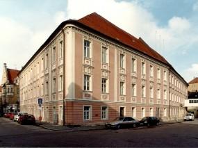 Regensburg, Regierungsgebäude
